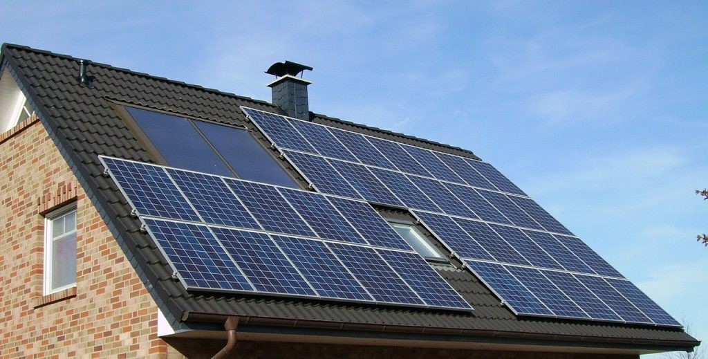 batiment econome panneau solaire electricien ile de france